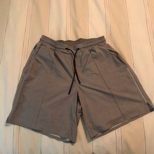 """Lululemon 7"""" shorts w/o liner"""